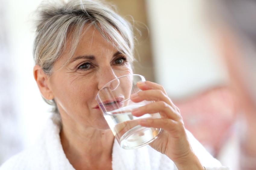 Richtig trinken bei Inkontinenz