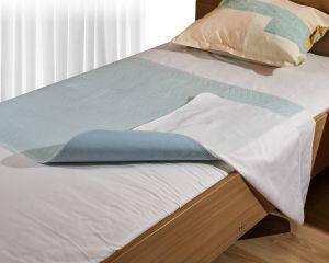 MedLogics Bettschutzunterlage mit Seitenteilen
