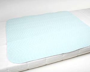 Waschbare Bettschutzunterlage 4-lagig 85x90 Bett